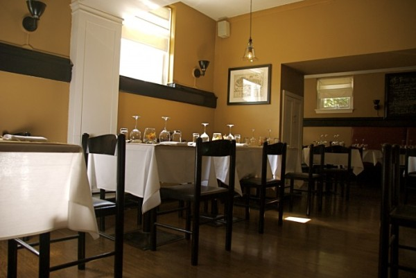 Ten Tables in Cambridge (taken from their site, http://www.tentables.net)